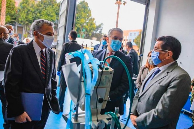 Colombia recibió 200 respiradores donados por EEUU para lucha contra COVID-19