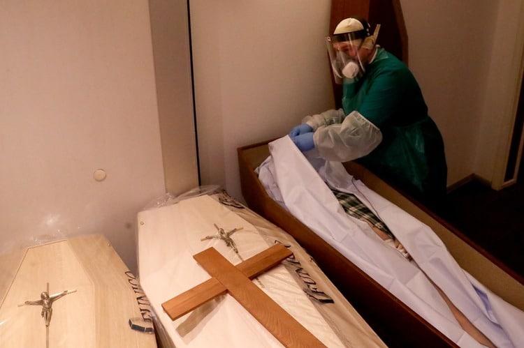 Hospitales y funerarias afectados por la pandemia