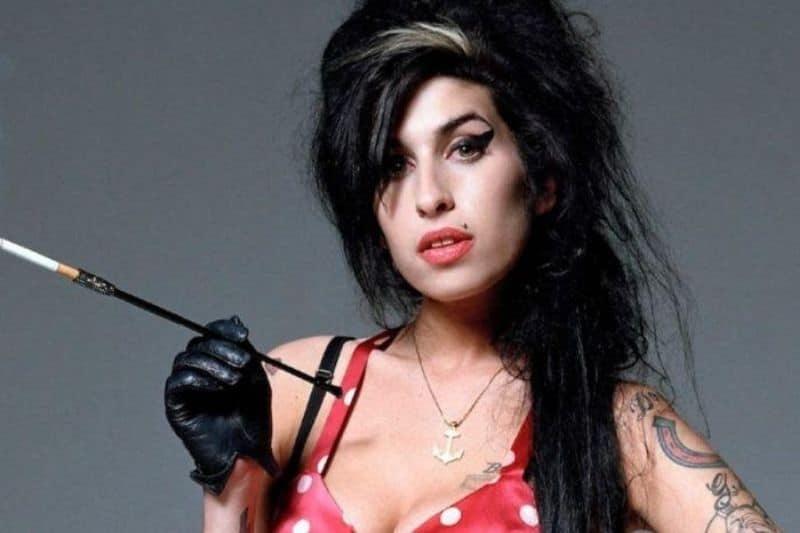 Nueve años de la muerte de Amy Winehouse, recordando sus grandes éxitos