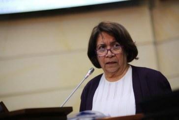 Así reaccionó la senadora Aída Avella ante expresiones del Presidente Duque en sesión del Congreso