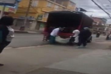 En Bogotá transportaron en camión a un cuerpo sospechoso de COVID-19