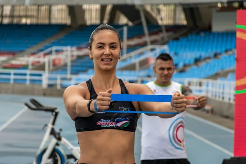 Isabella Arcila: en preparación a ser la primera nadadora colombiana en una final Olímpica