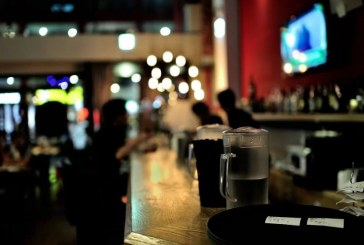 Bares dependen 100% de la venta de licor. Reacciones del sector