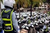 Agente de tránsito fue capturado en flagrancia al recibir soborno de conductor en Cali