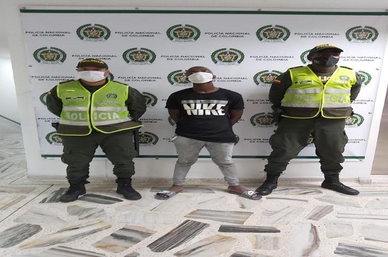 A la cárcel presunto responsable de robar a un taxista en Buenaventura