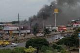 ¡Atención! Incendio en barrio Alfonso López de Cali consume un edificio de pinturas