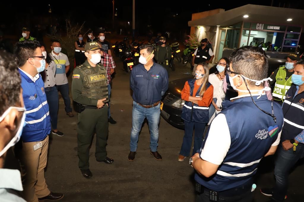 Jorge Iván Ospina afirmó que va a militarizar el oriente de Cali, tras atentado