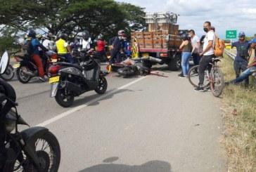 Un motociclista muerto deja aparatoso accidente en la vía Cali-Palmira