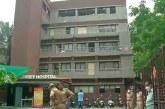Mueren 8 pacientes de COVID-19 al incendiarse un pequeño hospital en India
