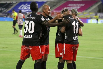América de Cali afronta un partido clave ante Internacional de Porto Alegre