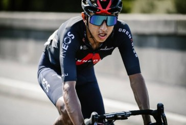 Egan Bernal se retira del Tour de Francia por molestias lumbares