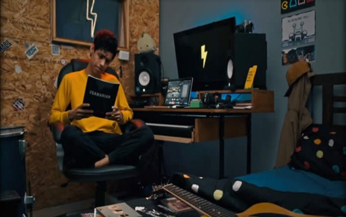 El cantante Nabil lanza 'Rockstar', un hit entre indie pop y hip hop