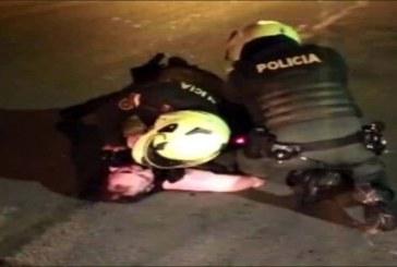 A la cárcel los dos policías implicados en el homicidio de Javier Ordóñez en Bogotá