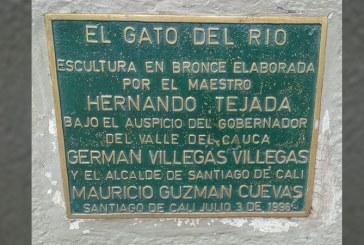 Roban placa de bronce del Gato de Tejada que rendía homenaje a su creador
