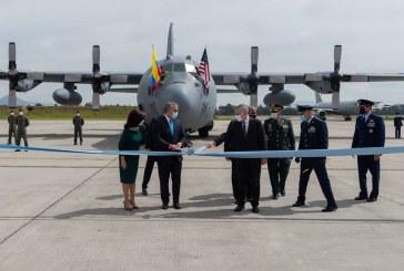 Donan a Colombia aeronave para ayudas humanitarias y combatir narcotráfico