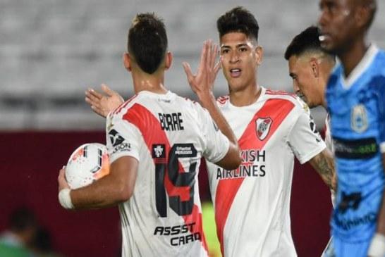 Borré y Carrascal, protagonistas en pase de River Plate a octavos
