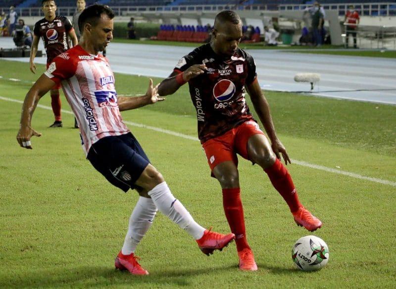 América igualó con Junior en Barranquilla y se mantiene en el grupo de los ocho