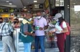 Buenaventura realiza operativos de control a establecimientos que venden dulces