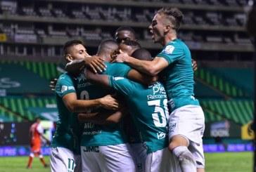 Deportivo Cali venció a Santa Fe y quedó a tres puntos de asegurar su clasificación