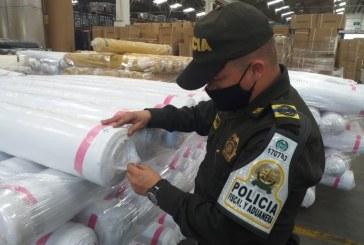 En Cali: Incautan mercancía textil de contrabando en una bodega