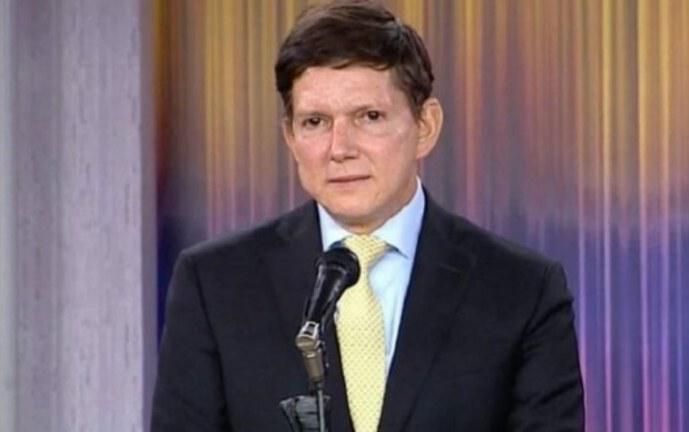 Ministro de Justicia renuncia a la Comisión Disciplinaria de Fútbol
