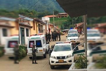 Un policía muerto y cuatro heridos dejó atentado en Bugalagrande