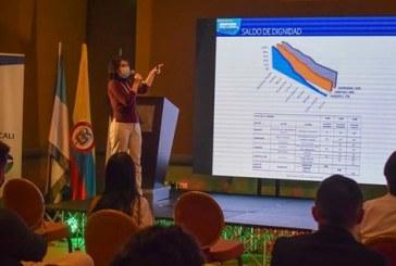 El I Simposio semipresencial de Reactivación Económica en el país
