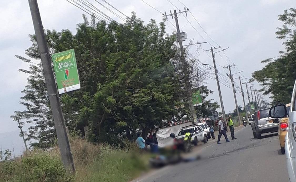 En grave accidente fallecieron dos motociclistas en la Avenida Cañasgordas de Cali