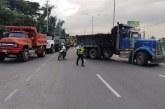 Fiscalía hará extinción de dominio a vehículos que bloqueen las vías