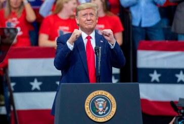 """Donald Trump augura una """"gran victoria"""" en las presidenciales"""
