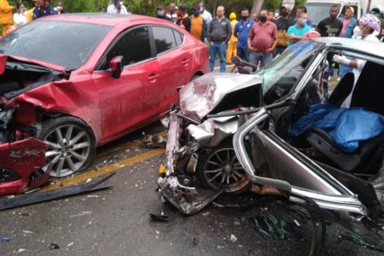 Un muerto y cinco lesionados dejó accidente de tránsito en la Portada al Mar