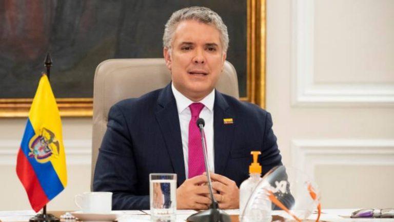 Iván Duque fijó aumento del salario mínimo para el 2021