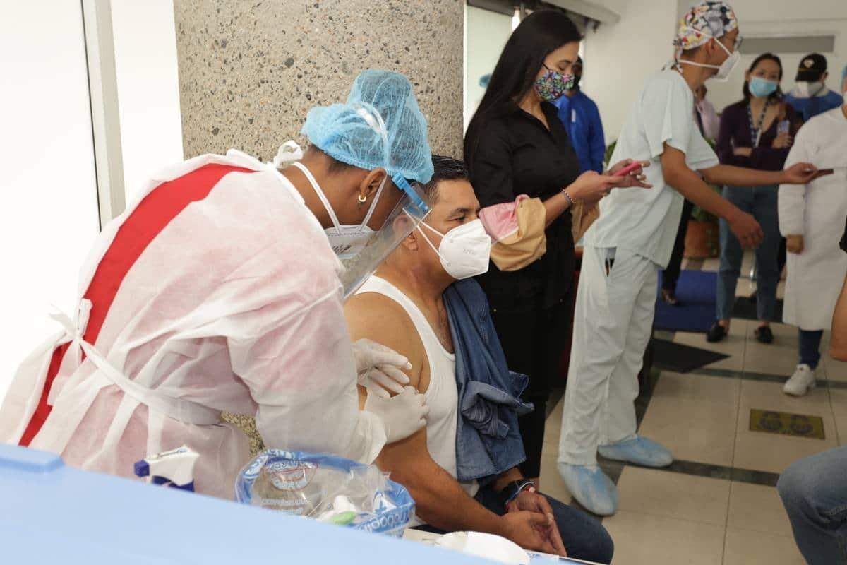 Cali contará con 2.000 vacunadoras contra el covid-19