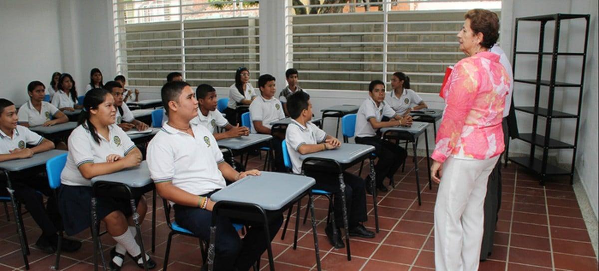 Instituciones educativas iniciarán Plan de Alternancia Educativa 2020-2021