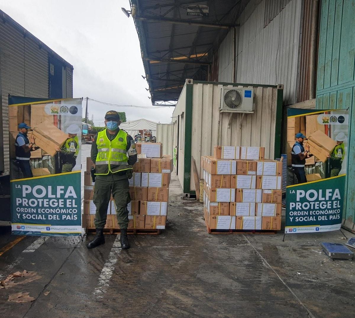 Policía incautó un contenedor con 79.800 electrodomésticos en Buenaventura
