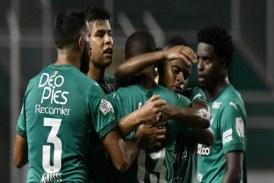 Deportivo Cali ganó, pero preocupa la salud de Agustín Palavecino