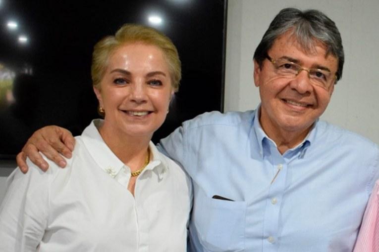 esposa-carlos-holmes-trujillo-positivo-covid-19-27-01-2021