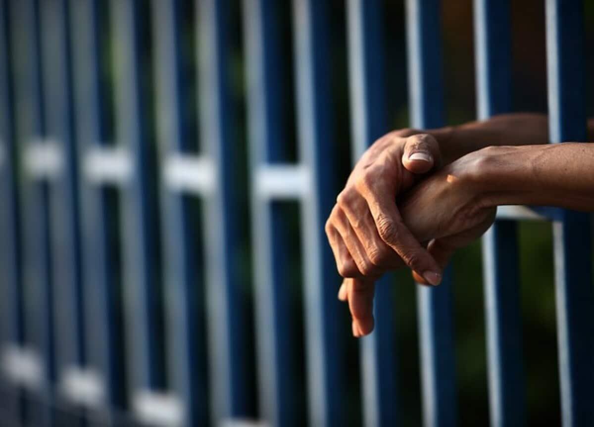 Capturado hombre que iba a vender a su hija a una red de prostitución