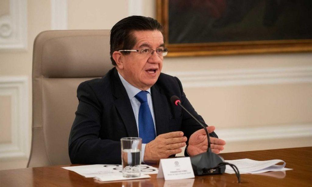 Gobierno estableció toque de queda en ciudades con alta ocupación UCI