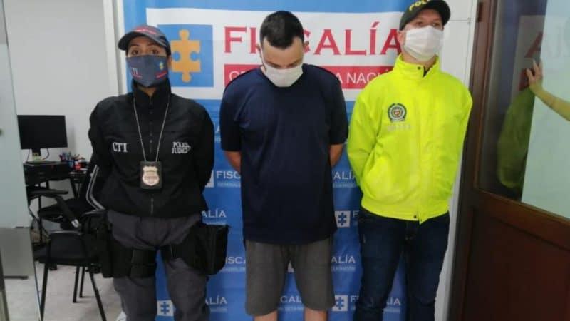 Detenido hombre señalado de agredir física y psicológicamente a su expareja