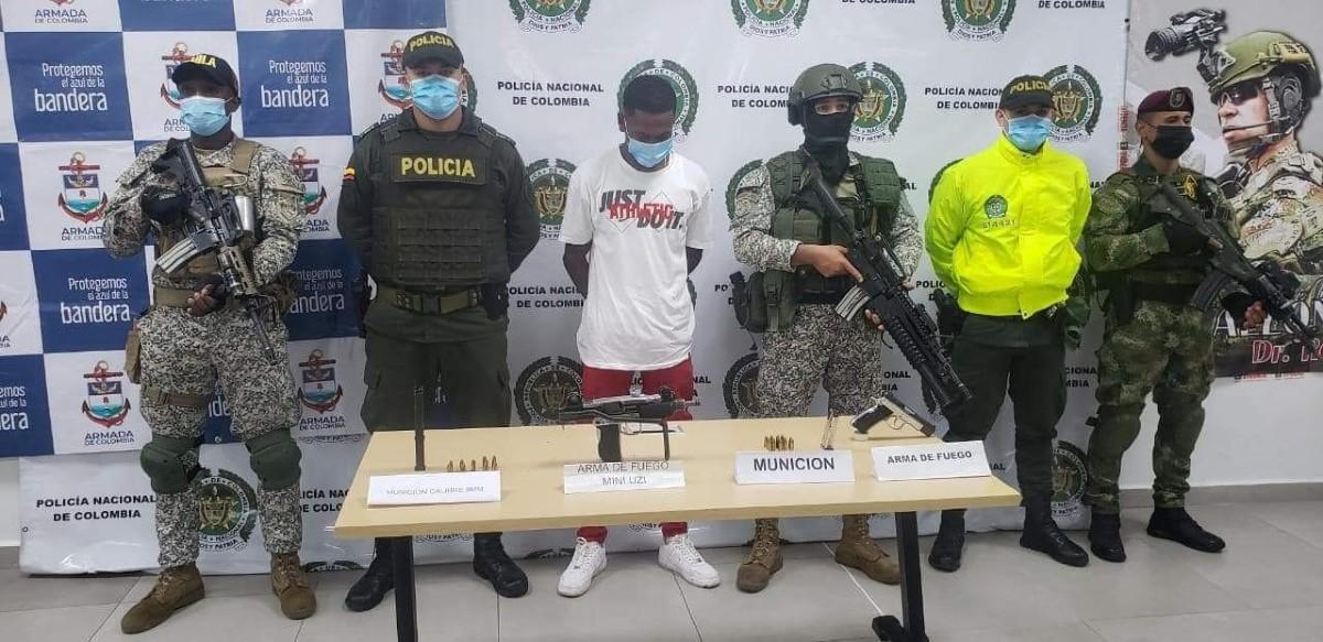 A la cárcel miembro de la banda 'Los Chotas' por porte ilegal de armas en Buenaventura
