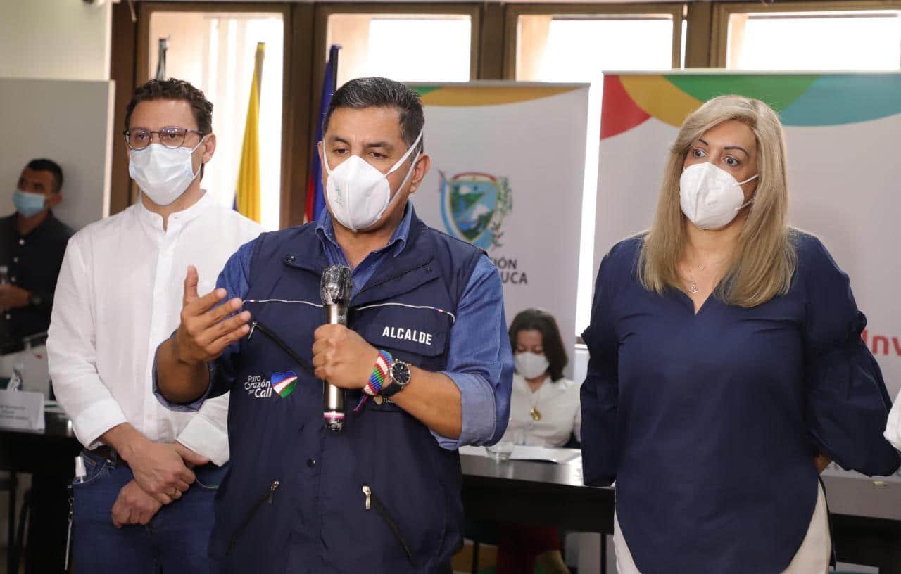 """""""No me podría oponer a algo que no me ha consultado"""" Ospina a Clara Luz Roldán"""