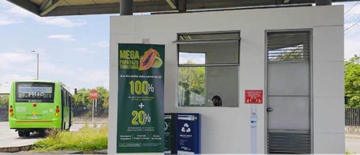 Habilitan punto de atención al contribuyente en estación del Mío Andrés Sanín
