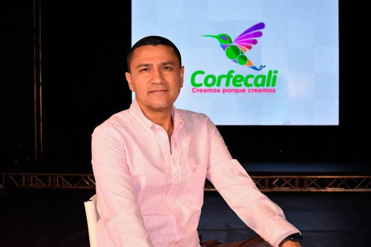 Exgerente de Corfecali se pronuncia después de renuncia por evento masivo