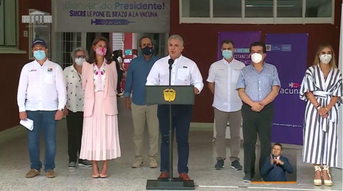 """""""Vacunación masiva, segura y gratuita debe ser un propósito de unidad nacional"""", expresó Duque"""