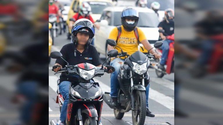 Los motociclistas que no utilicen bien el caso, podrían ser sancionados con una multa de hasta 15 Salarios Mínimos Diarios Legales Vigentes.