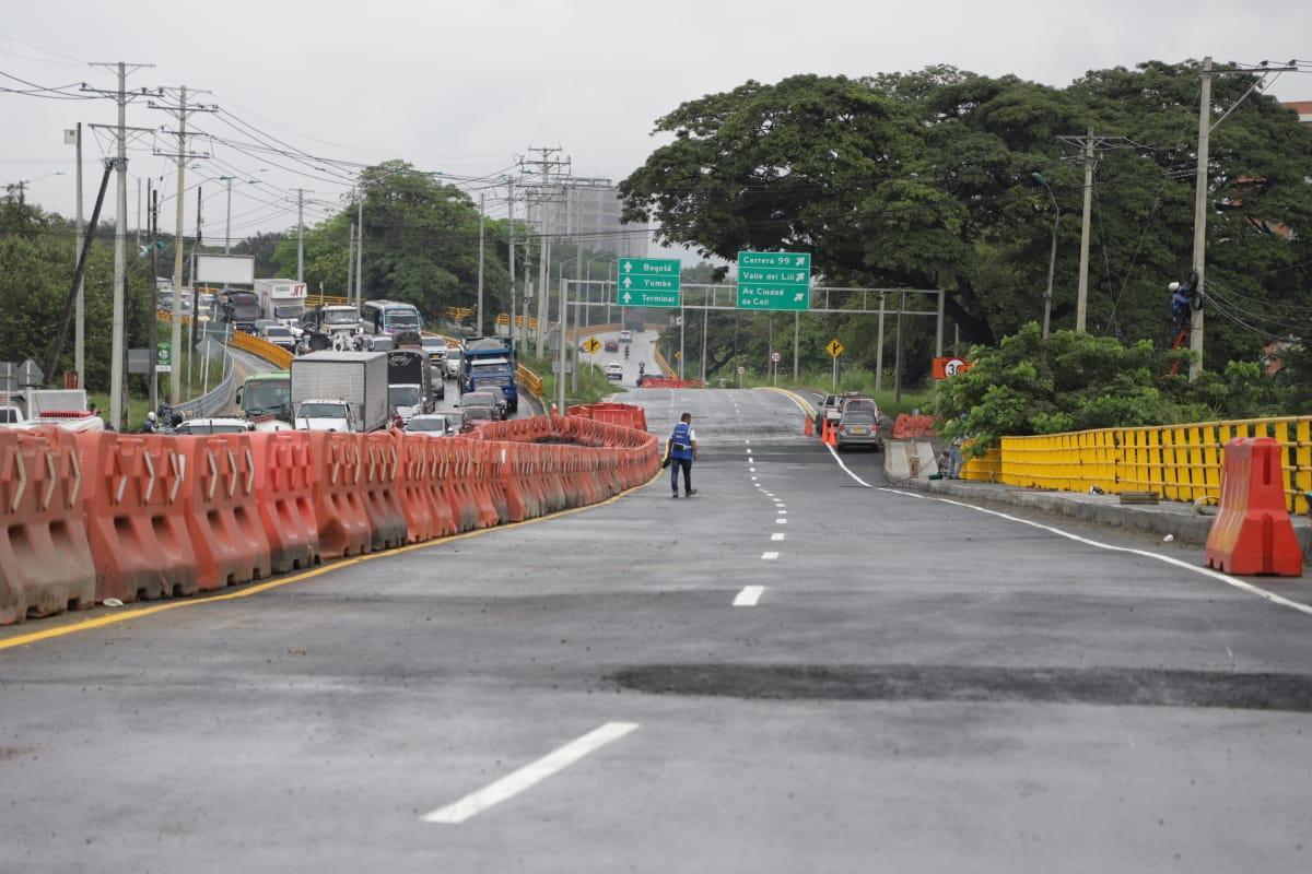 Se habilitó parcialmente el puente en la vía Cali-Jamundí