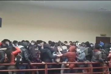 7 estudiantes murieron luego de caer de un cuarto piso en Bolivia