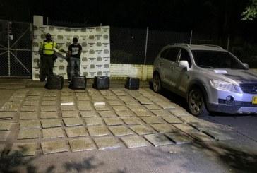 Hombre transportaba 190 kilos de marihuana en vías de Riofrío, Valle