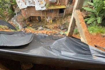 Preocupación en Siloé: 18 casas están en riesgo por deslizamientos